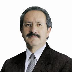 César Augusto Alarcón Costta