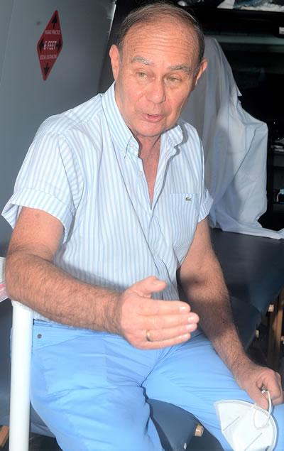 Doctor  Oswaldo Castañeda